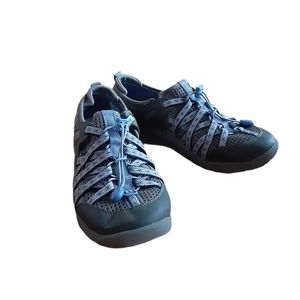 Bare Traps Womens Tennis Shoes Size 10M